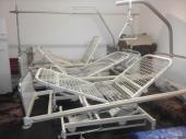 Медицинская больничная кровать/кушетка металлическая