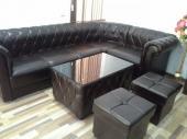 Угловой диван со столиком и тумбами