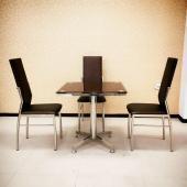 Отличный набор для кафе-баров: стол + стулья из нержавейки